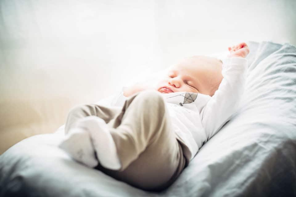 Babyfotos in Cham zu Hause.